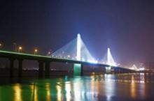 華新湖(hu)南長沙銀盆(pen)嶺大橋